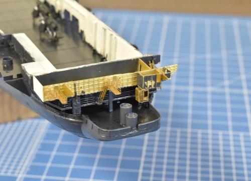 米航空母艦「バンカーヒル」 製作中 艦尾部分 EhbSJCeUMAAc7HD◆模型製作工房 聖蹟