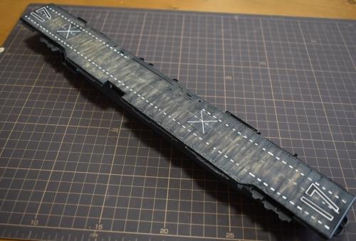 米航空母艦「バンカーヒル」 製作中 飛行甲板取り付け完了EiBQBQcUwAAejmC◆模型製作工房 聖蹟