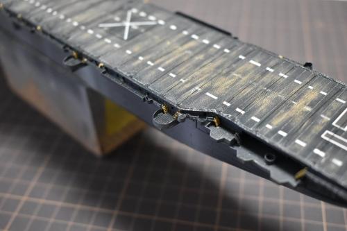 米航空母艦「バンカーヒル」 製作中Ei1DRkcUwAAKtxd◆模型製作工房 聖蹟