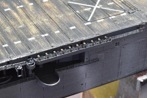米航空母艦「バンカーヒル」(1945年2~3月頃)製作中 エリコン 20㎜機関砲EjZM2W7VkAAeJHn◆模型製作工房 聖蹟
