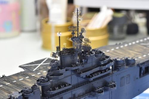 米航空母艦「バンカーヒル」(1945年2~3月頃)マスト設置DSC_0991◆模型製作工房 聖蹟