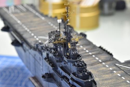 米航空母艦「バンカーヒル」(1945年2~3月頃)マスト設置 DSC_0982◆模型製作工房 聖蹟