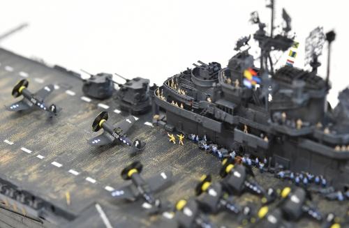 米航空母艦「バンカーヒル」(1945年2~3月頃)完成DSC_0242-1-3-2500◆模型製作工房 聖蹟