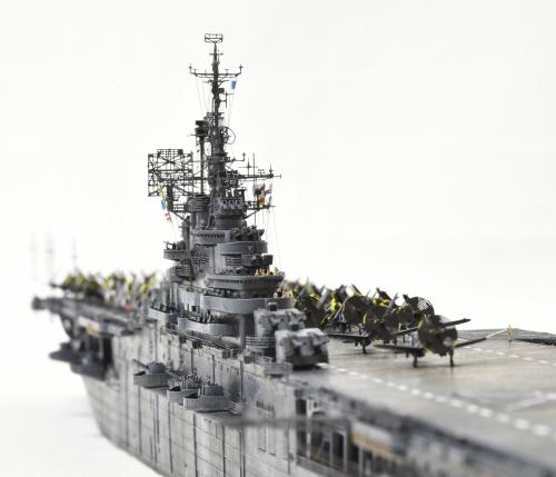 米航空母艦「バンカーヒル」(1945年2~3月頃)完成DSC_05442-1-(3)-(3)-2500◆模型製作工房 聖蹟