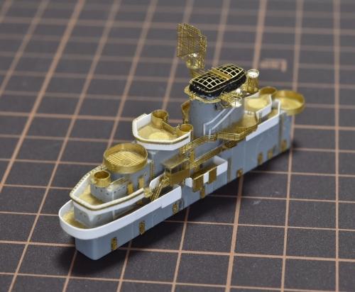 米航空母艦「バンカーヒル」(1945年2~3月頃)完成heEZ0AnB7U4AEpawc◆模型製作工房 聖蹟