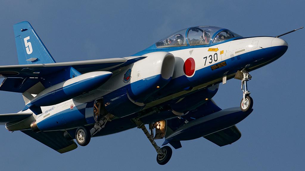T-4 ブルーインパルス