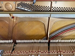 ピアノ内部②
