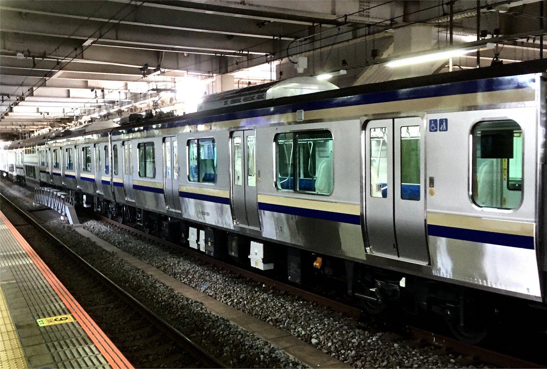 E235系1000番台F-01編成試運転 - 大船駅