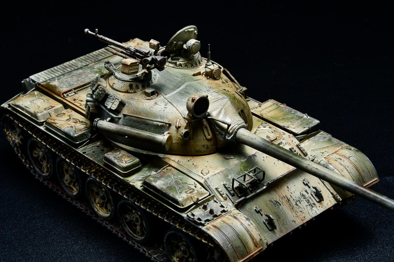 T-55再