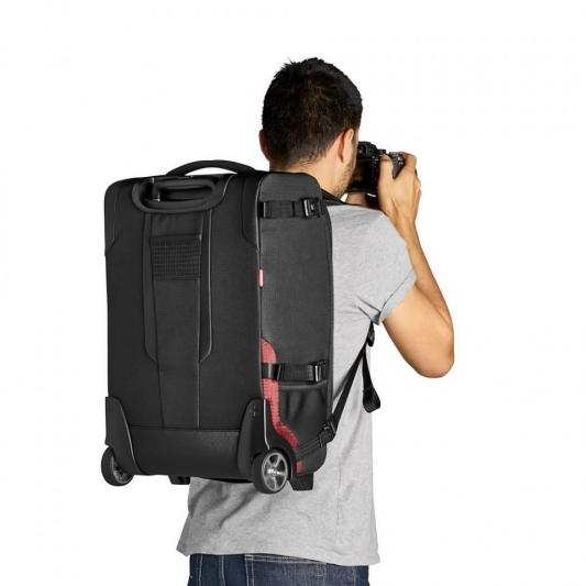 camera-roller-manfrotto-pro-light-reloader-switch-55-mb-pl-rl-h55-worn1.jpg