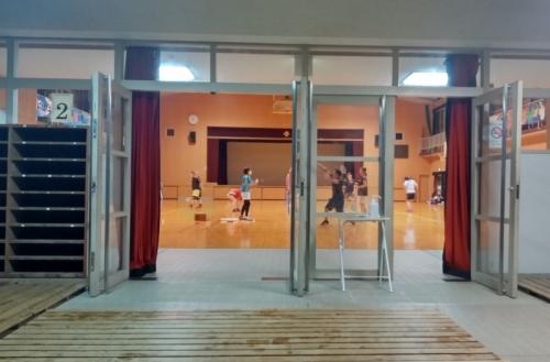 文の里レクセン 体育館入口