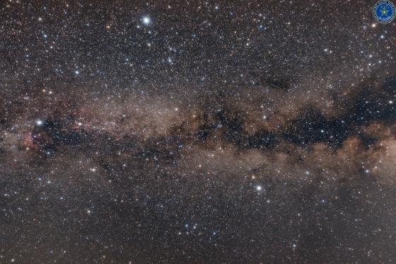 天の川銀河と夏の大三角