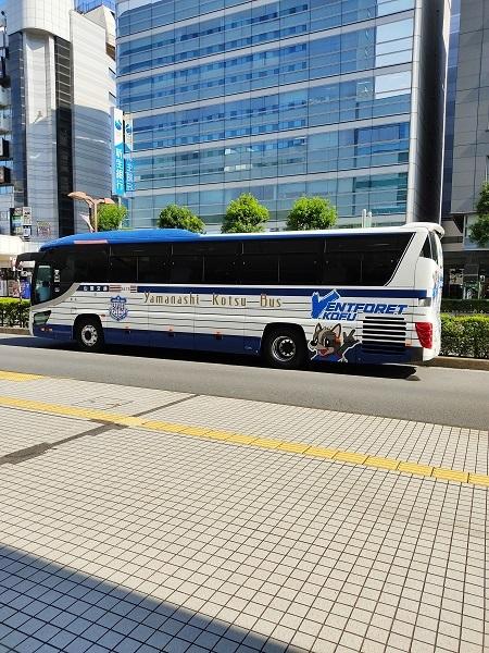 甲府のバス20200822