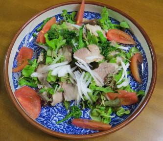 カイワレ入りサラダ(夕食用)