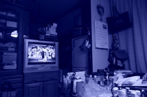202300314・ニコンカメラいいね02・シアン