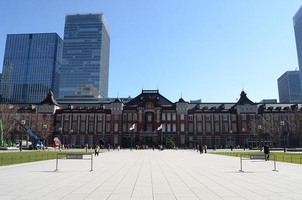 12 東京駅前広場