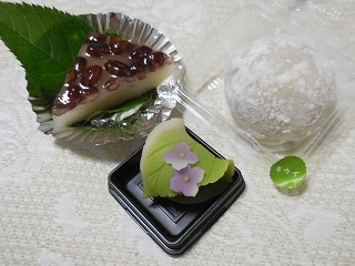 ajisaiwagashi1.jpg