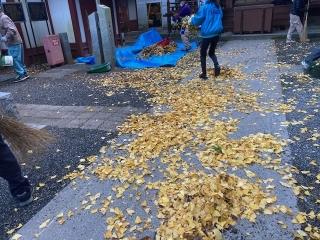 穴澤天神社の清掃_05