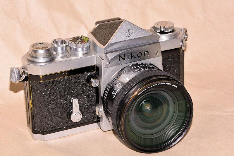 5831_nikon F