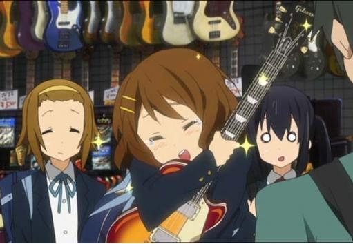 女子高生「お金頑張って貯めたから5万円でギター買うよ!」 クソリプおじさん「5万円のギターはただの材木!ギターは最低10万円以上!」