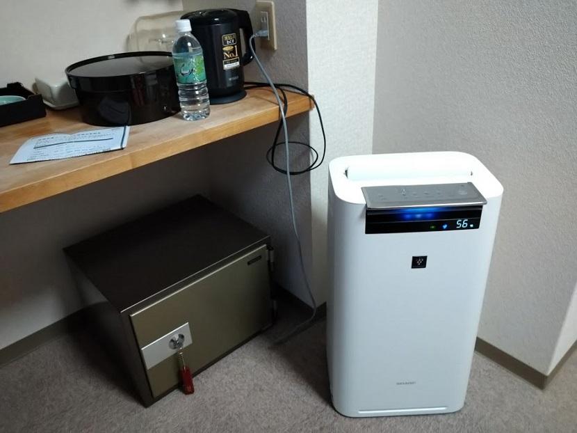 ツインルーム 金庫、空気清浄機
