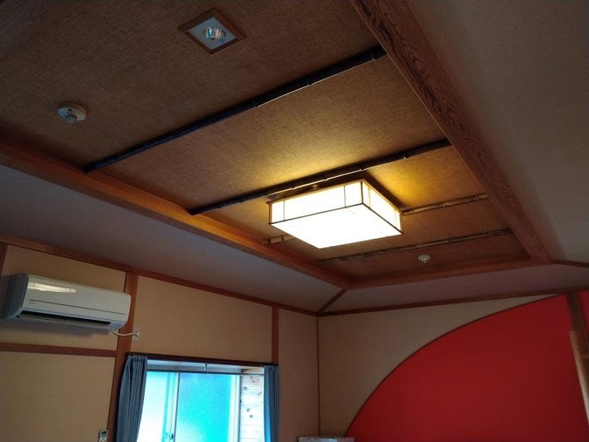 客室5 天井