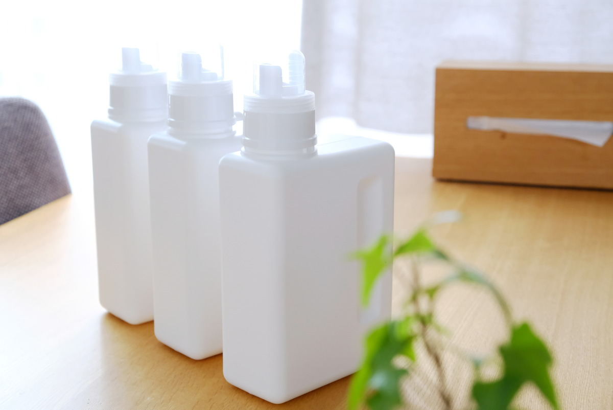 クレスbottle.B-1000ml・ブック型・洗剤詰め替えボトル①
