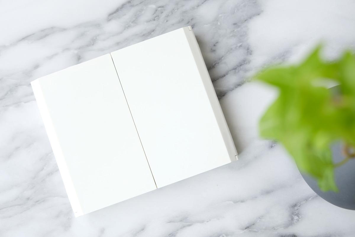 ダイソー・LED付コンパクト三面鏡・女優ミラー②
