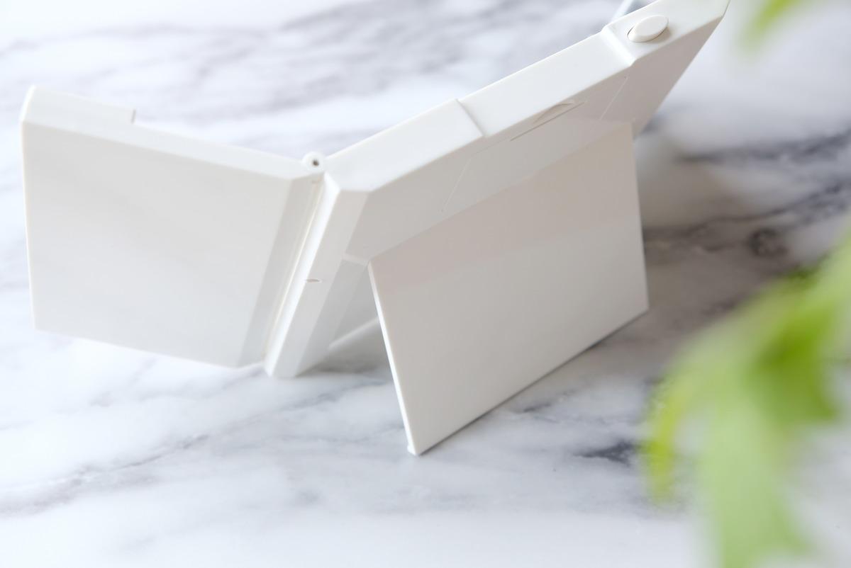 ダイソー・LED付コンパクト三面鏡・女優ミラー⑥