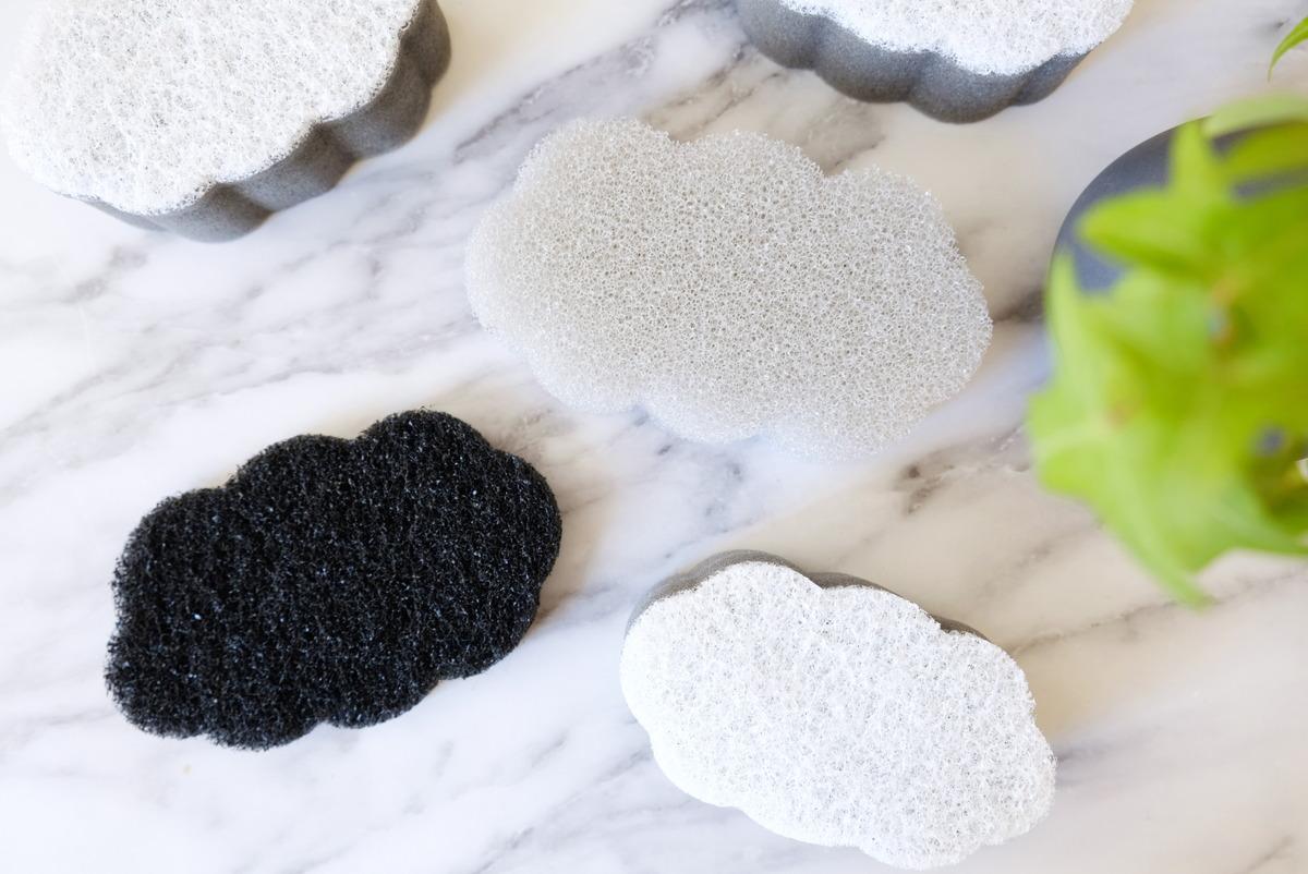 セリア・優しく洗える食器洗いスポンジ・水切れのよい食器洗いスポンジ・強力コゲ落とし②