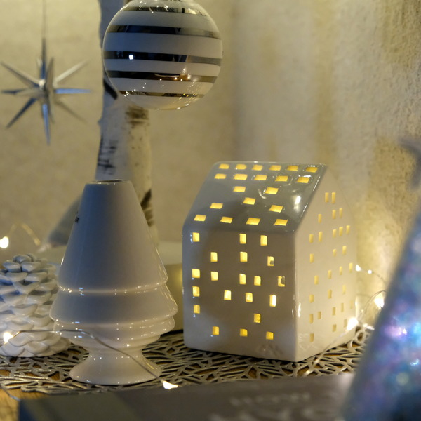 KAHLER・アーバニアのKLASSISK(クラシック)・IKEA・GODAFTON グダフトン LEDティーライト・ダイニング・無印・スタッキングシェルフ上