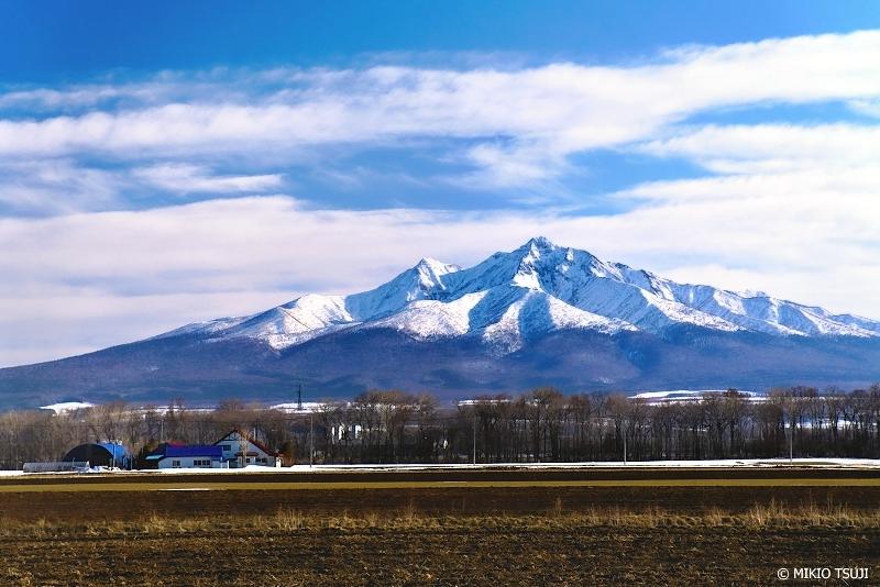 絶景探しの旅 - 絶景写真 No.1291 斜里岳がそびえる風景 (北海道 斜里町)