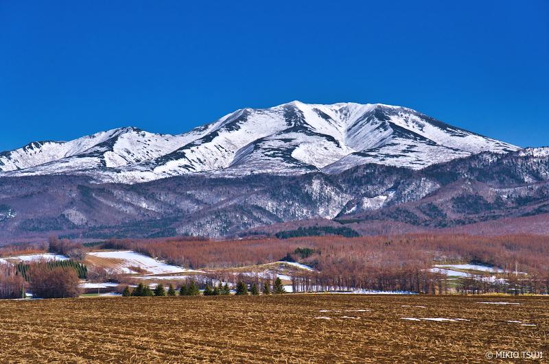 絶景探しの旅 - 絶景写真 No.1292 春を待つ海別岳 (北海道 斜里町)