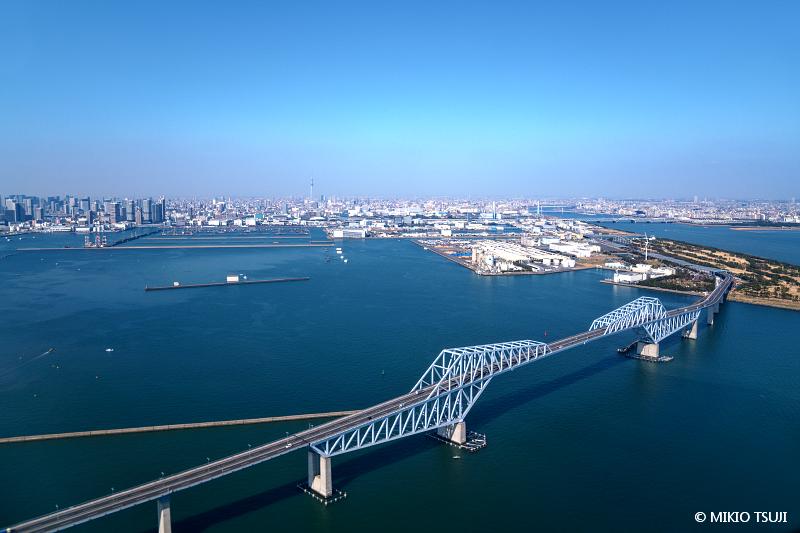 絶景探しの旅 - 絶景写真 No.1467 空から東京ゲートブリッジ (東京湾上空)