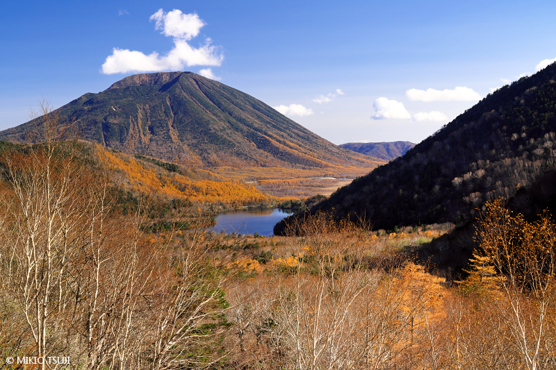 絶景探しの旅 - 絶景写真 No.1504 湯ノ湖と男体山 (栃木県 日光市)