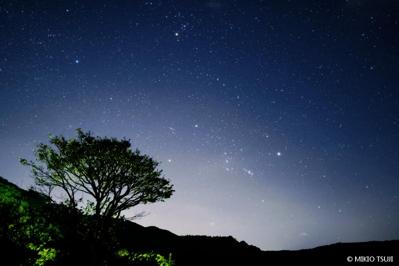 絶景探しの旅 - 絶景写真No.1539 指宿の星空を眺めながら (鹿児島県 指宿市)
