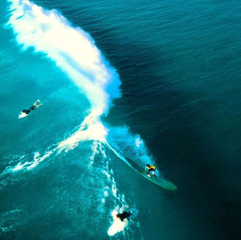 #朝活 #surfingjapan #surf #supsurfing #波乗り #サーフィン #banlife #mercedes